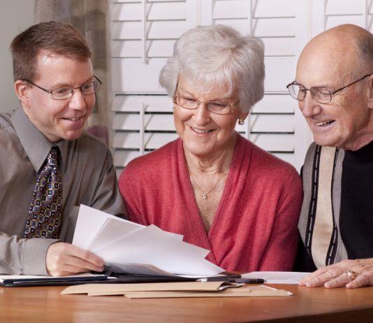 Paket Asuransi Untuk Orang Tua